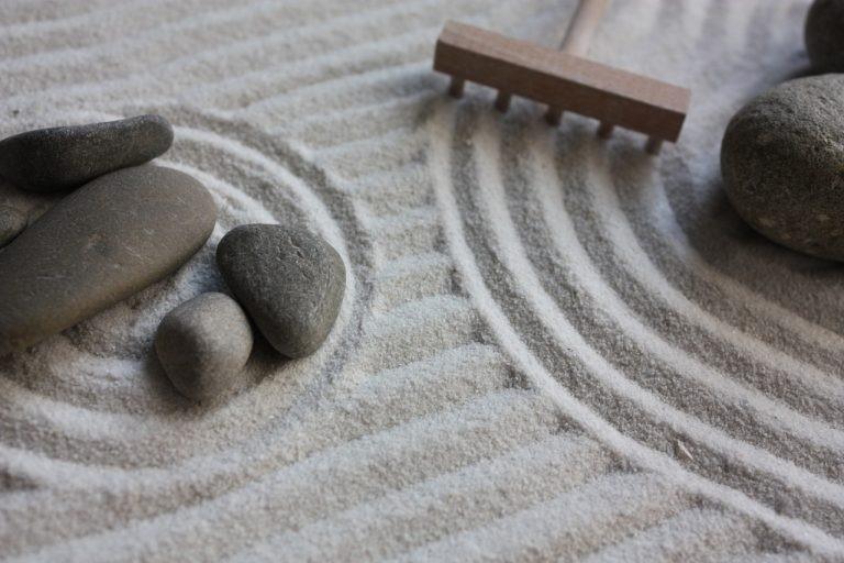 Cara Membuat Zen Garden penggarukan